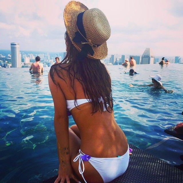 ダレノガレ明美の腕にタトゥーが 水着姿の写真に反響 ニコニコニュース