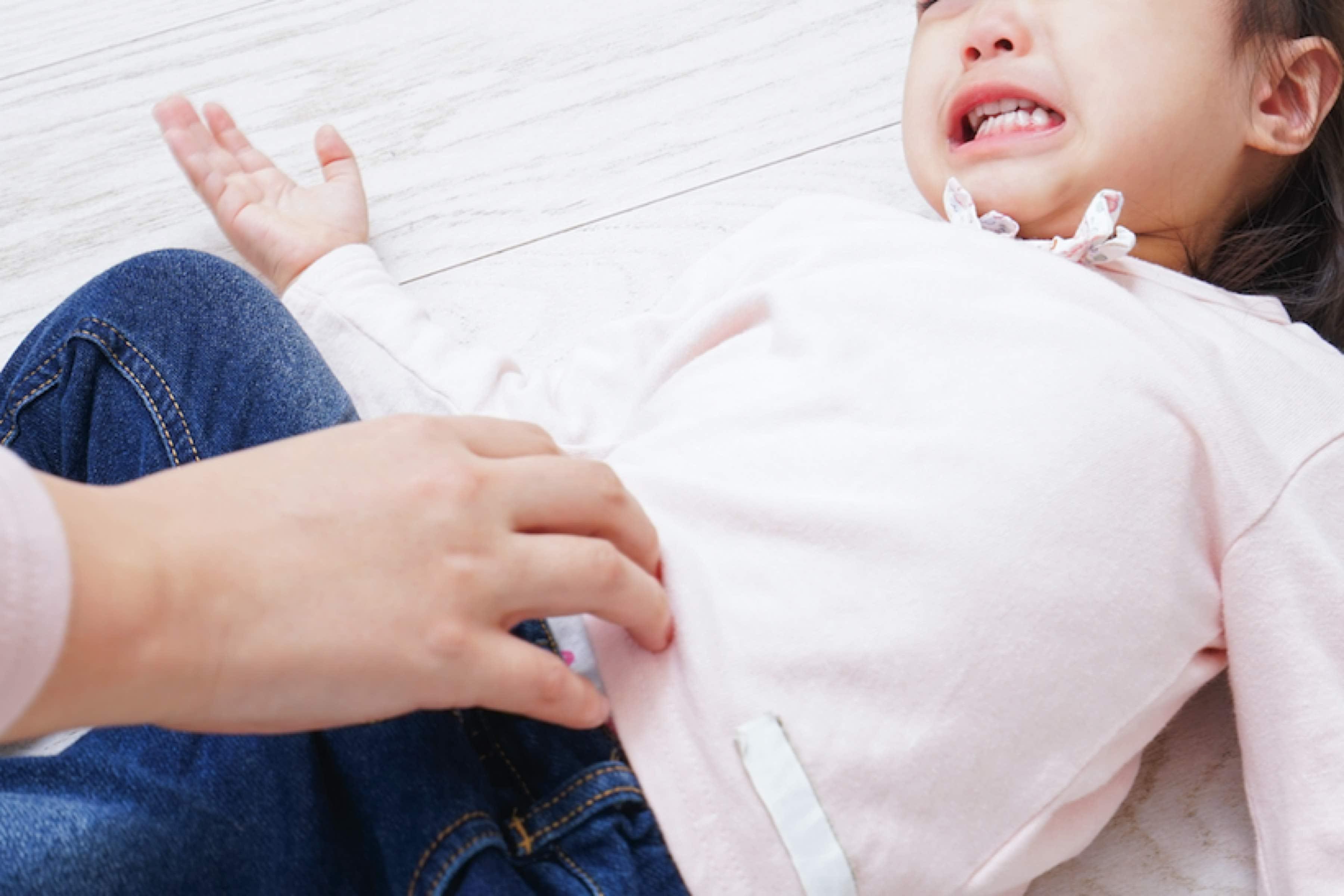 2歳女児虐待死、父親に性的暴行の疑いも 「鬼畜」「胸クソ悪い」と非難 ...