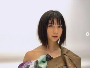 """上白石萌歌『New Cinema Face2019』で""""大人の雰囲気""""に 姉・萌音も「すてき」   ニコニコニュース"""