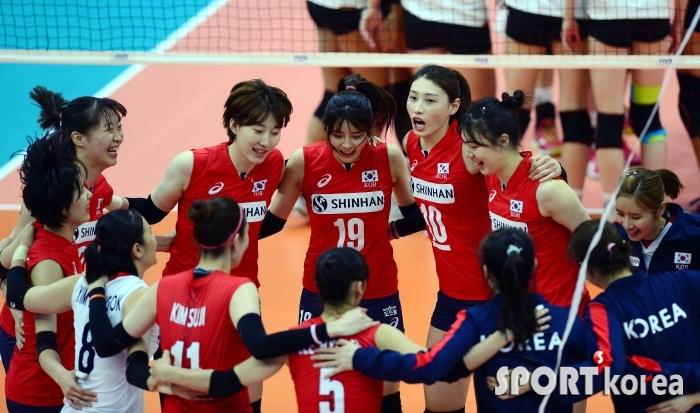 """バレー 韓国 韓国女子バレー代表が日本の""""冷遇""""に大激怒!「こんなことは初めて…」=韓国ネット「日本は本当に幼稚だ」「戦力に自信がなくて不安なんでしょ?」"""