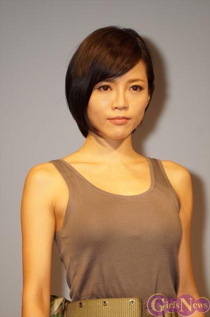 由美子 死去 釈 釈由美子、「愛犬が連続不注意死」「ブログに遺骨公開」で非難殺到!